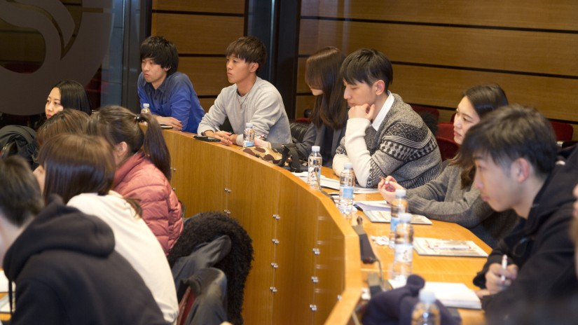 University students from Tokyo visit Sabin Etxea to get to know the innovation policies of EAJ-PNV